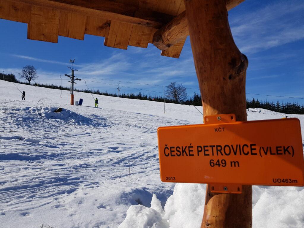 Nadmořská výška Českých Petrovic